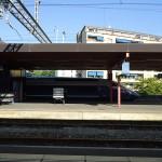 Geneva-to-Paris-Express-pulls-in